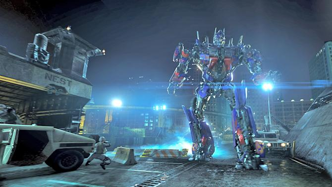 """This undated image released by Universal Studios Hollywood shows the character Optimus Prime in the """"Transformers the Ride: 3D,"""" attraction at Universal Studios Hollywood in Los Angeles. Universal Orlando Resort on Thursday, Nov. 1, 2012, announced that the popular ride based on the movie would be opening at the Florida theme park in the summer of 2013. (AP Photo/Universal Studios Hollywood)"""
