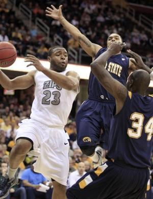 Akron beats Kent State 78-74, moves into MAC final