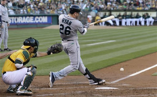 Vargas wins for Seattle for first time in month