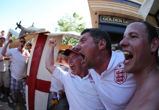 English fans sing in Done …