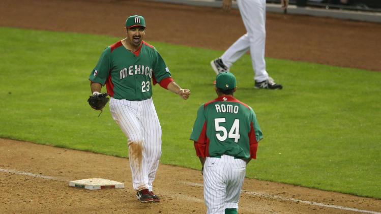Baseball: World Baseball Classic-Mexico vs United States