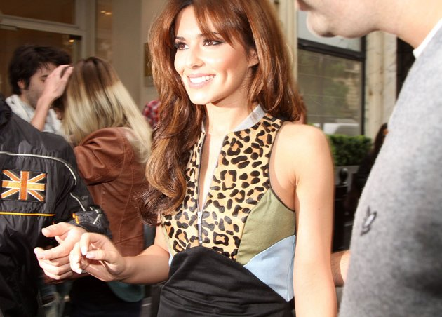 Cheryl Cole won't be dishing the dirt on Ashley in her new book