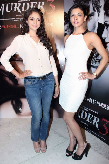 Randeep&amp;#39;s hotties promote &amp;#39;Murder 3&amp;#39;