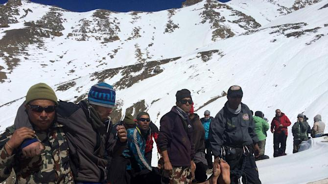 Nepal Army rescuing trekkers in distress at Annapurna Circuit
