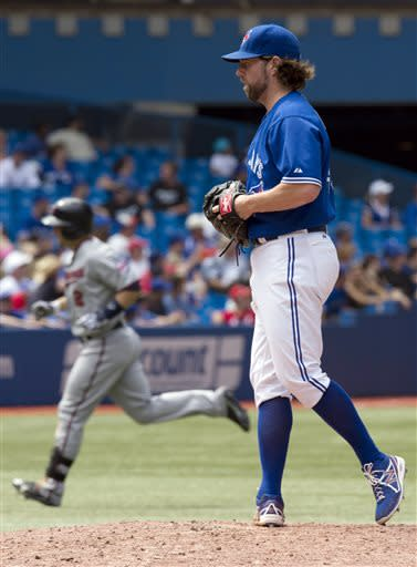 Dozier homers as Twins beat Blue Jays 6-0