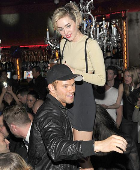 Miley Cyrus, Kellan Lutz Party Together After Britney Spears' Vegas Show With Katy Perry, Selena Gomez