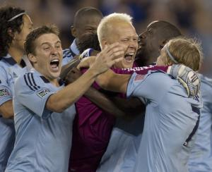 Bieler, Nielsen lead Sporting KC past Chivas 4-0
