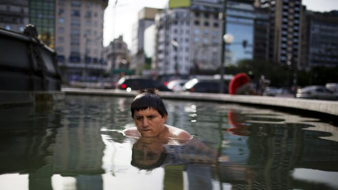 Argentine capital suffers blackouts in heat wave