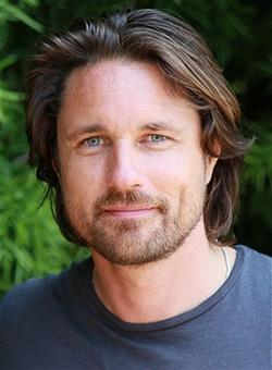 Martin Henderson To Star In NBC's 'Secret Lives Of Husbands & Wives' Pilot
