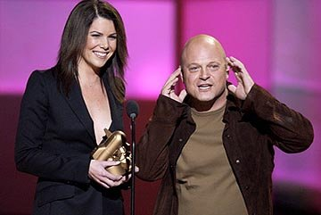 Lauren Graham and Michael Chiklis VH-1 Big in 2002 Awards - 12/4/2002