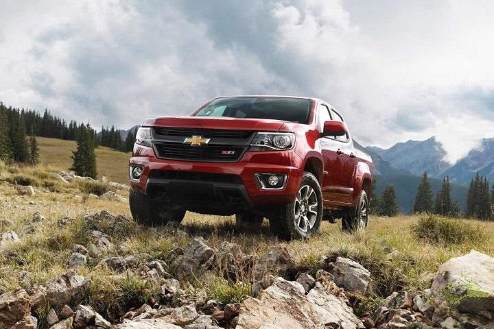 The Chevy Colorado Proves Bigger Isn't Always Better: Review