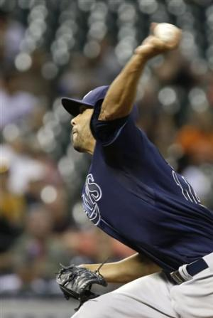 Price shuts down Astros in 8-0 win