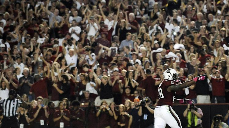 No. 13 South Carolina wins 35-28 minus Clowney