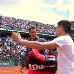 Roger Federer Rips French Open Security After Fan Rushes Court For Selfie