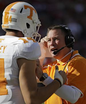 Vols QB Worley out indefinitely with injured thumb