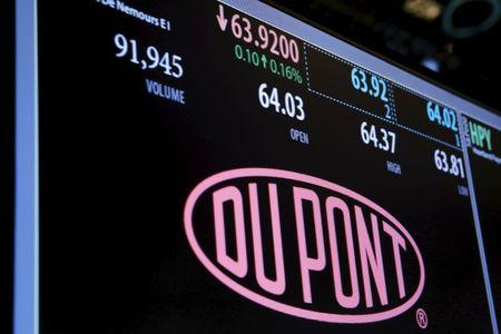 DuPont expects Dow merger to close later than expected