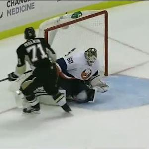 Kevin Poulin denies Malkin on the breakaway