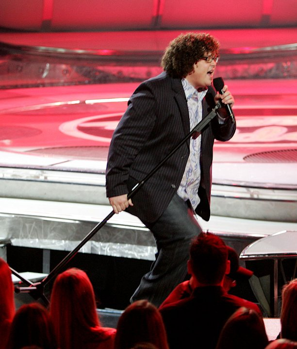 Chris Sligh performs as one of the top 11 contestants on the 6th season of American Idol.