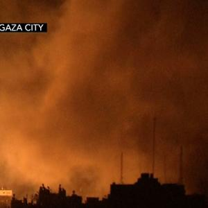 Israel attacks 70 targets in Gaza, Hamas officials refuse to buckle under pressure