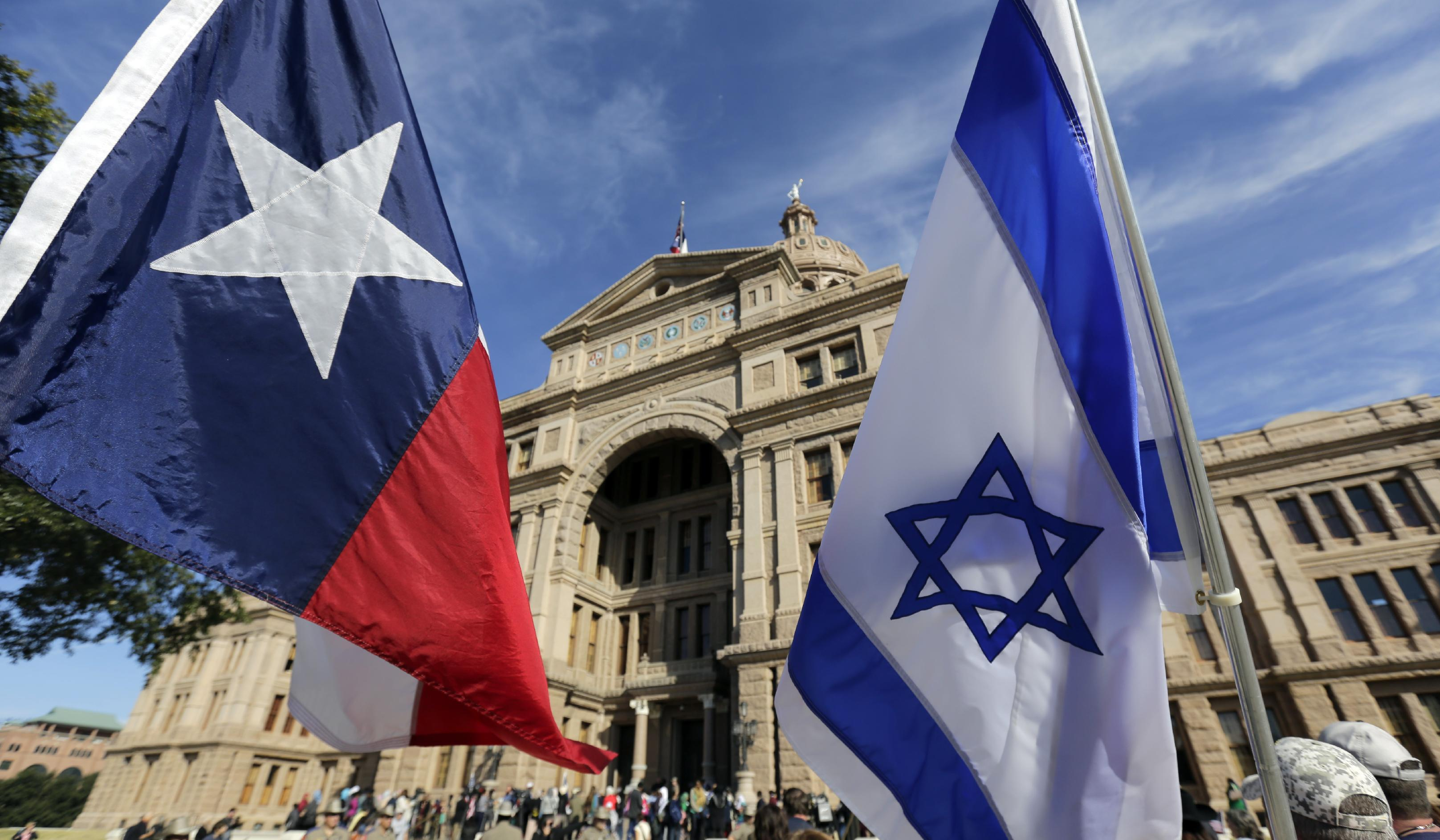 Texas lawmaker under fire for Facebook post on Muslim Capitol Day