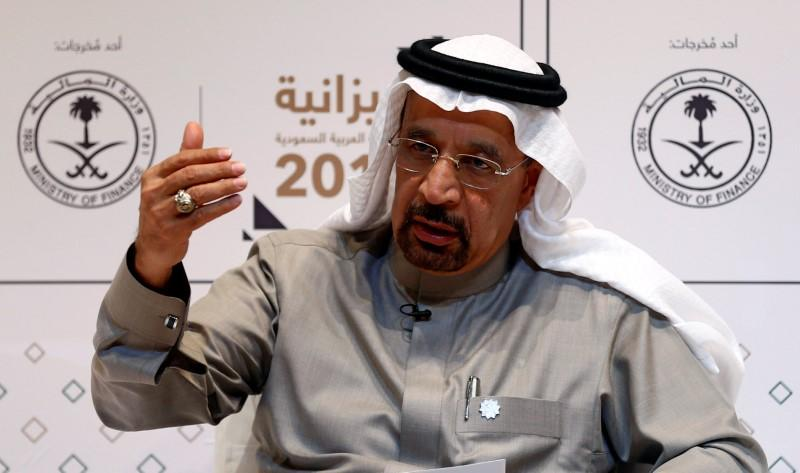 Saudi pledges adherence to oil cut, confident others will