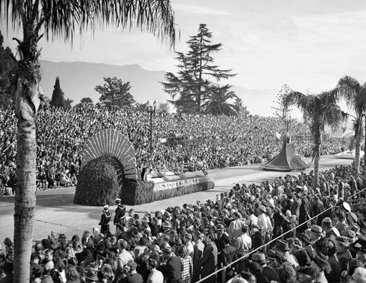 cb_1946_rose_parade_nt_111230_ssh.jpg