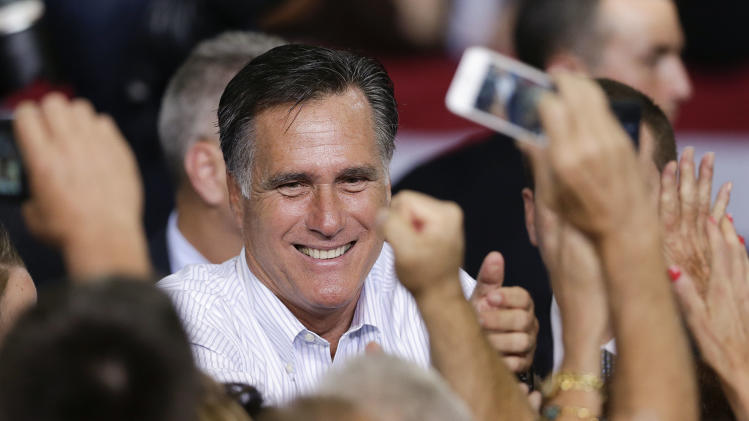 Romney gives Dem support for tax deductions claim