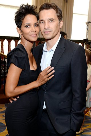 "Halle Berry: I Met My Fiance Oliver Martinez on a ""S--t Movie"""