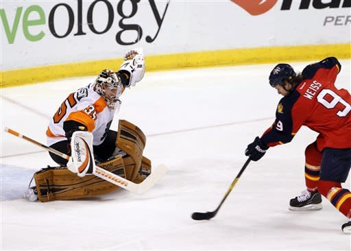 Giroux scores in shootout, Flyers top Panthers 3-2