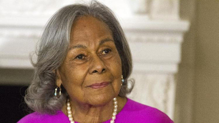 """Rachel Robinson, 90, widow of baseball great Jackie Robinson attends a workshop for high school and college students with cast members of the movie """"42,"""" Tuesday, April 2, 2013, in the State Dining Room of the White House in Washington. (AP Photo/Jacquelyn Martin)"""