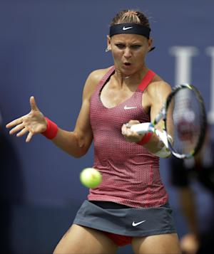 Safarova wins in Quebec for first title in 5 years