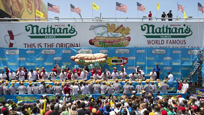 Nathan's Famous Fourth of July International Hot Dog Eating Contest kicks off