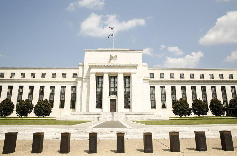 Muddled jobs report leaves Fed in a 'jam' watching markets