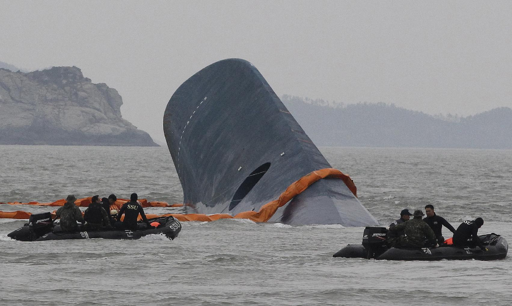 Risk and worry await S. Korea work to lift doomed ferry