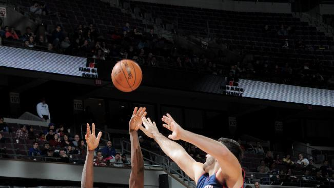 Grizzlies dominate 2nd half to beat Pistons 112-84