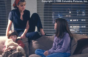 Liam Aiken, Julia Roberts and Jena Malone in Stepmom