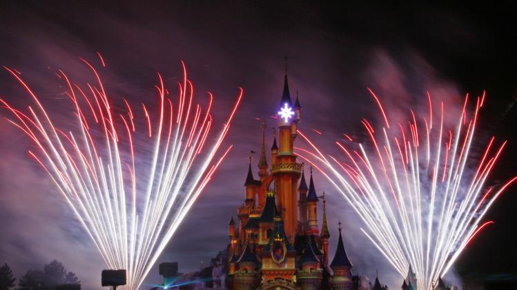 Disney 4Q profit in line, revenue misses forecast