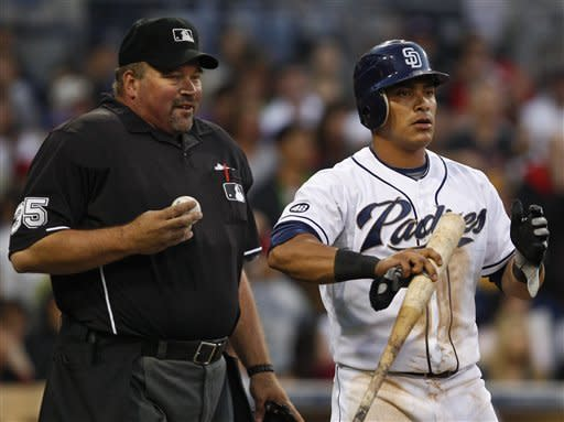 Cabrera leads Padres past Reds 2-1