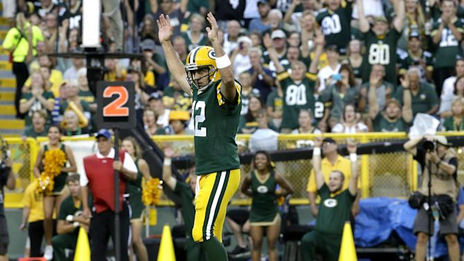 Rodgers has 2 TDs, Packers beat Raiders 31-21