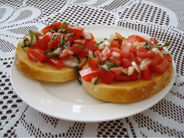 Easy Summer Bruschetta