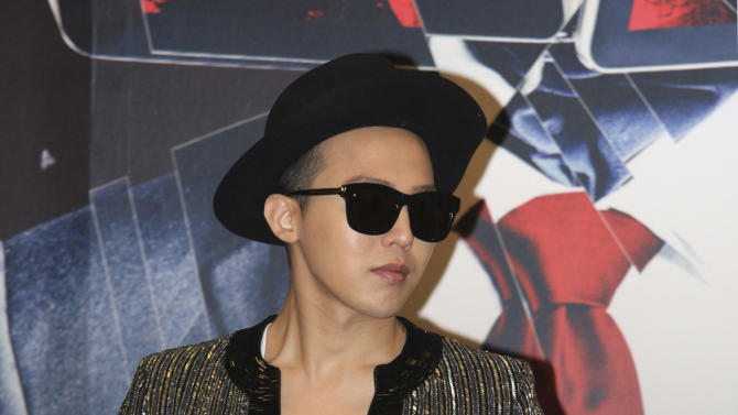 "South Korean singer G-Dragon attends a news conference to promote his world concert tour ""One of a Kind"" in Hong Kong Friday, May 17, 2013. G-Dragon will hold his concert in May 17 and 18 here. (AP Photo)"