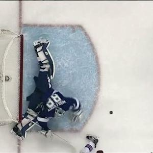 Vasilevskiy extends for super right pad save