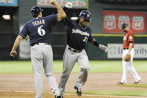 Brewers get 5-3 win over Astros in 10 innings