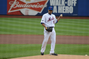 New York Mets Injury Update: Johan Santana Might Have Re-Injured Shoulder