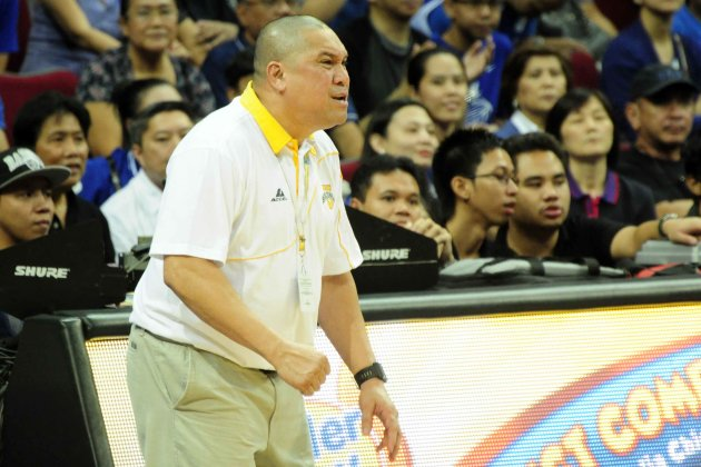 UST Coach Pido Jarencio reacts to a call. (Angela Galia/NPPA Images)