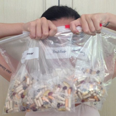 Has Katy Perry taken her health kick too far? Star Tweets vitamin supplements snap
