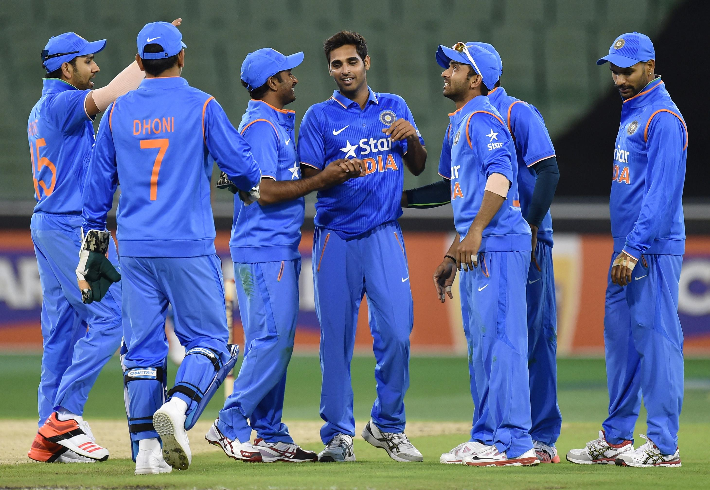 Blunted bowling leaves Cricket World Cup champs India vulnerable