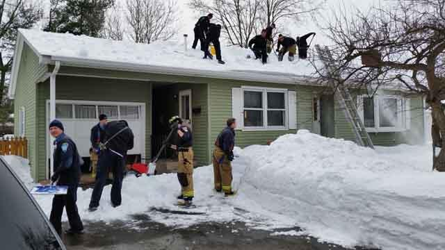 First responders clear snow off roof of man who they tried to save
