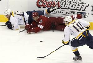 Phoenix moves on with 2-1 win over Nashville