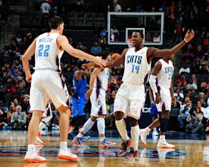 Kidd-Gilchrist lifts Bobcats over Mavs 101-97